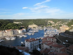 Photo paysage et monuments, Bonifacio - Le port de Bonifacio (1)