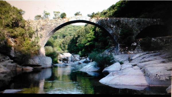 Photo Zigliara - LE PONT DU TARAVU