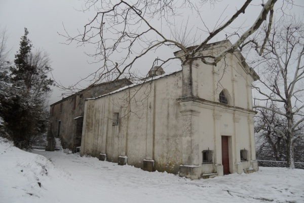 Photo Cervione - La chapelle de Scupiccia au 2 fevrier 2012