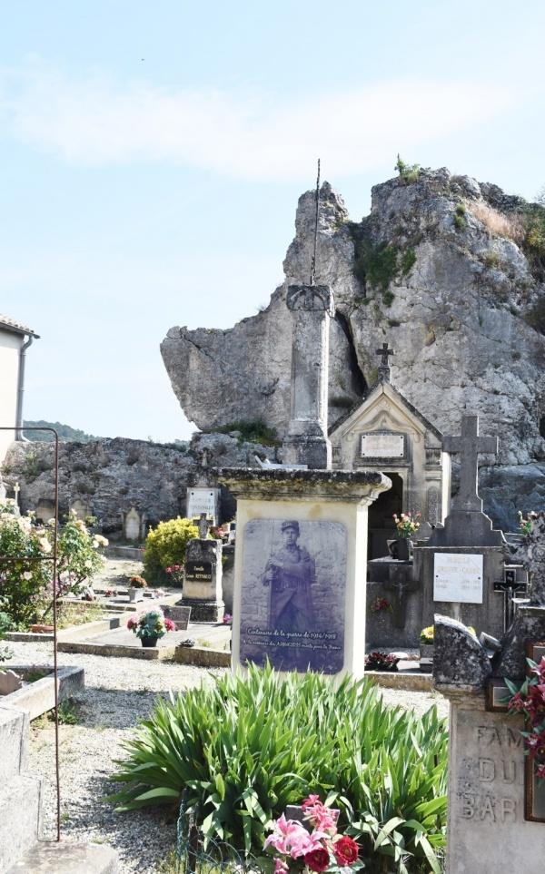 Photo Aiguèze - le Monument Aux Morts