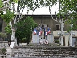 Photo paysage et monuments, Barjac - le Monument Aux Morts