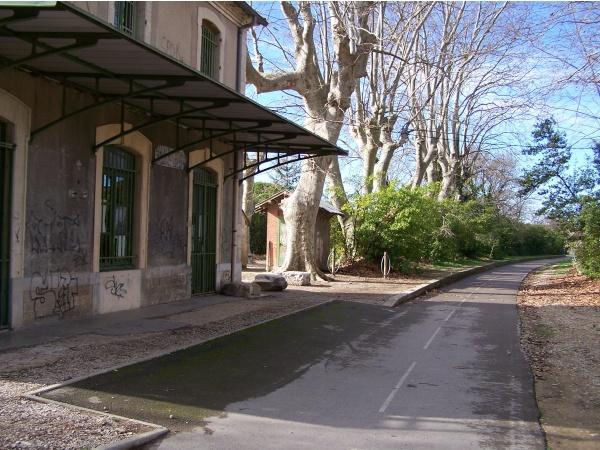 Ancienne Gare et la voie verte
