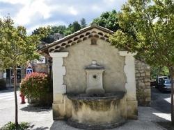 Photo paysage et monuments, Rochegude - la Fontaine