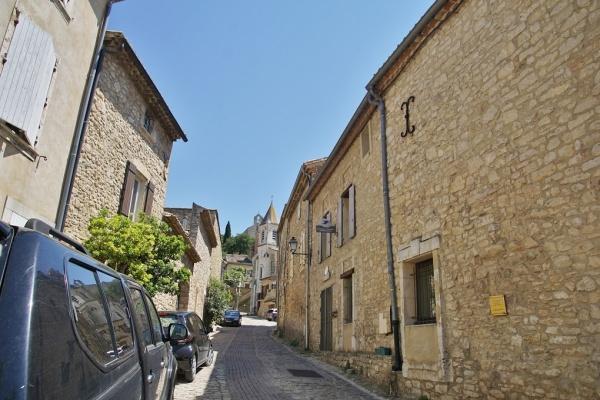 Photo Vénéjan - le Village