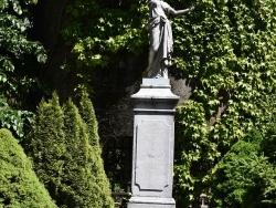Photo paysage et monuments, Cier-de-Rivière - la Statue