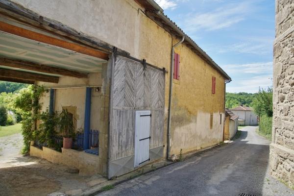 Photo Sarremezan - le Village