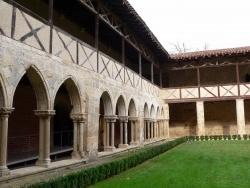 Photo paysage et monuments, Valence-sur-Baïse - Cloître de l'abbaye cistercienne de Flaran