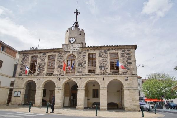 Photo Bessan - la Mairie