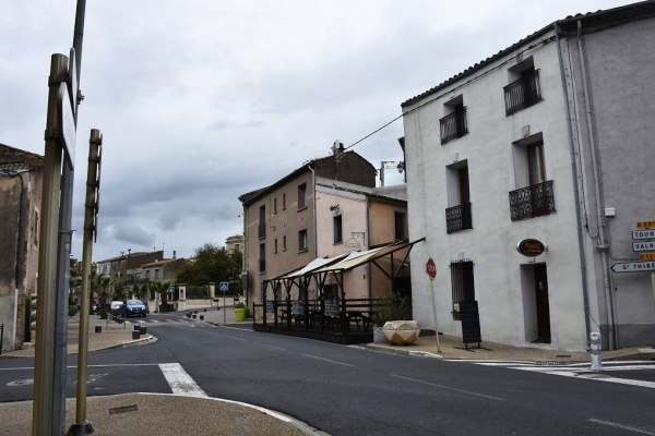 Photo Nézignan-l'Évêque - le Village