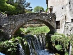 Photo paysage et monuments, Saint-Guilhem-le-Désert - le Pont