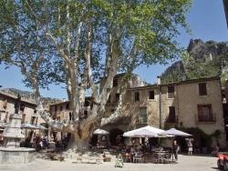 Photo paysage et monuments, Saint-Guilhem-le-Désert - le Village