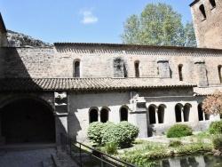 Photo paysage et monuments, Saint-Guilhem-le-Désert - le  Cloître