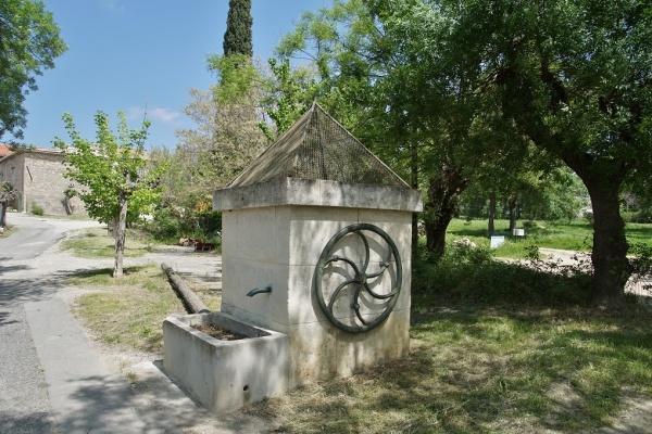 Photo Saint-Vincent-de-Barbeyrargues - le Village
