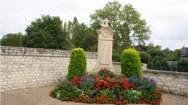 Photo Anché - Monuments Aux Morts