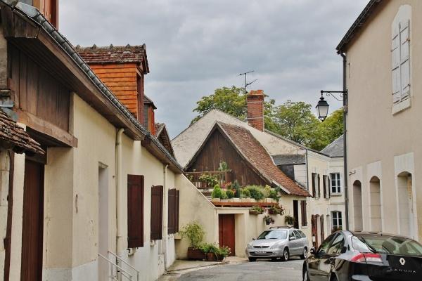 Photo La Chapelle-Blanche-Saint-Martin - La Commune