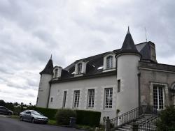 Photo paysage et monuments, Château-Renault - La Mairie