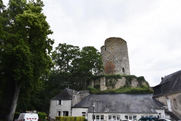 Photo Château-Renault - le Village