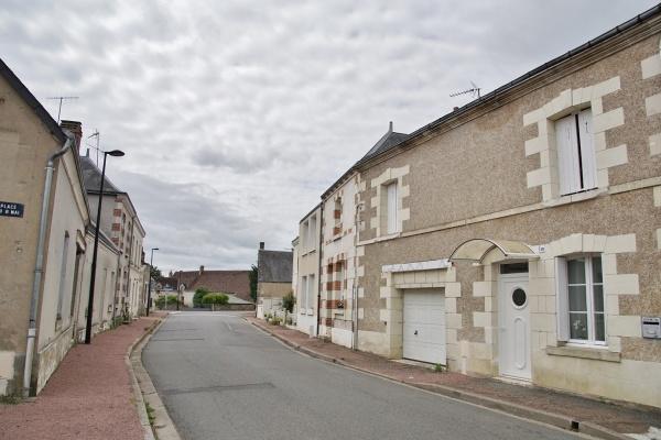 Photo Dame-Marie-les-Bois - le Village