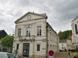 Photo paysage et monuments, Luynes - La Mairie