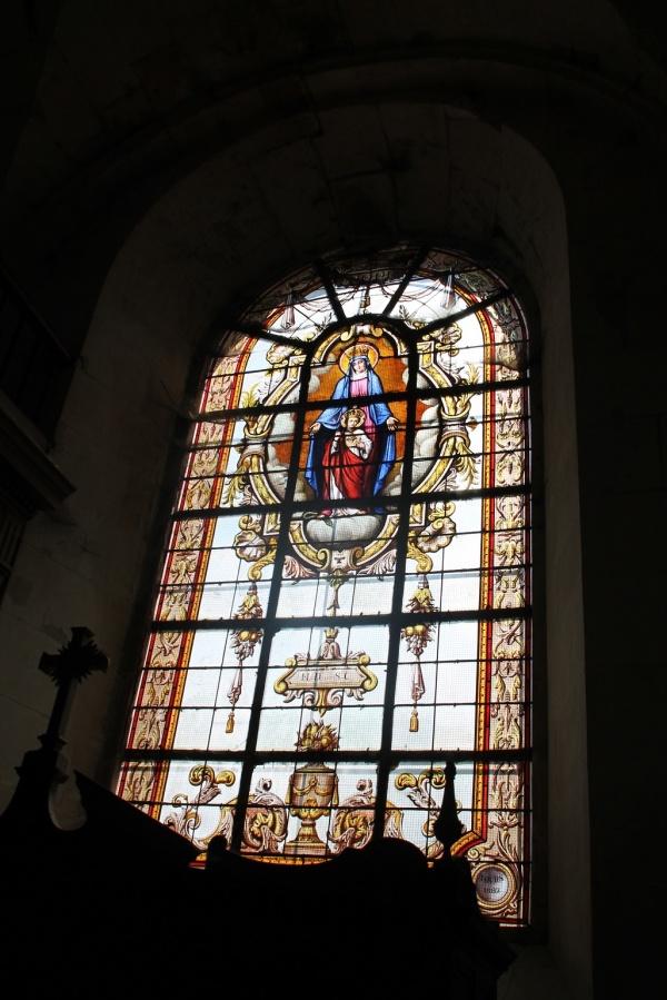 Photo Richelieu - Vitraux Notre Dame