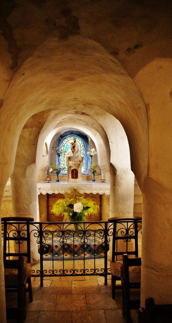 Photo Rivière - église Notre-Dame ( La Crypte )