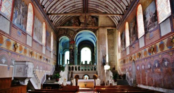 Photo Rivière - église Notre-Dame