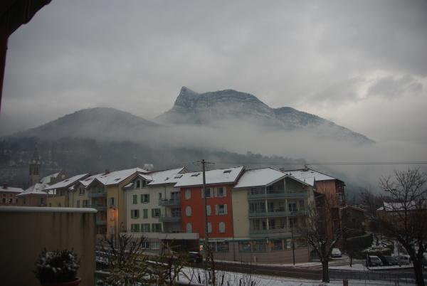 Le village vu depuis la rue du Port en hiver