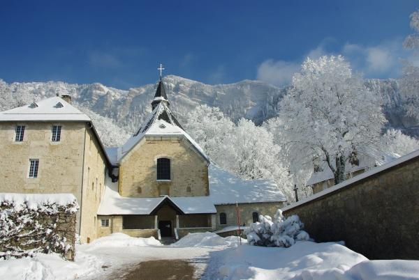 monastère de Chalais en hiver