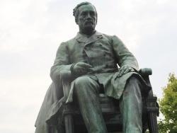 Photo paysage et monuments, Arbois - statue