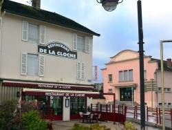 Photo paysage et monuments, Bletterans - Bletterans Jura - Restaurant  de la cloche.