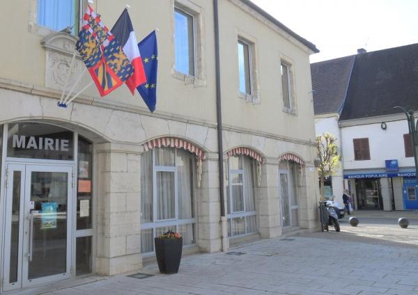 Bletterans Jura; Mairie.