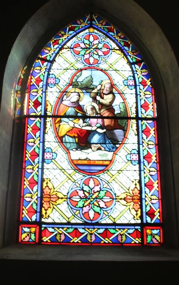 Photo Château-Chalon - église Saint Pierre