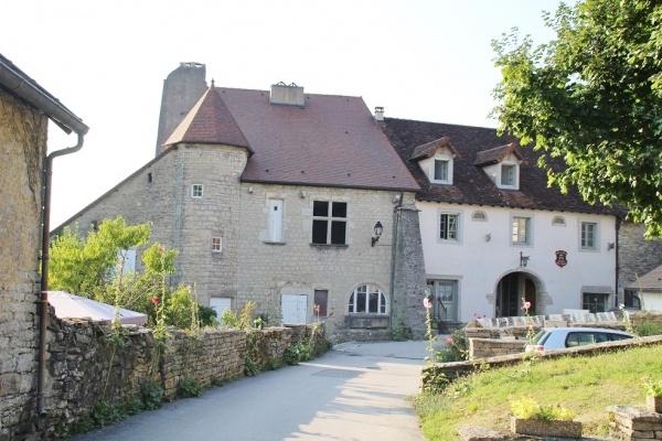 Photo Château-Chalon - le village