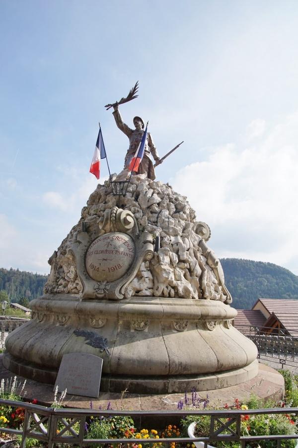Photo Chaux-des-Crotenay - le monument aux morts