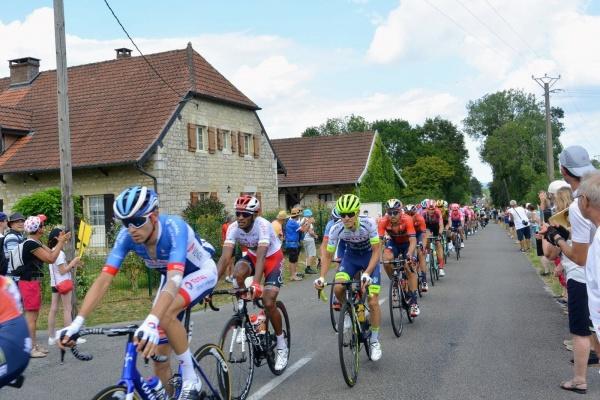 Photo La Chaux-en-Bresse - La Chaux en Bresse Jura.passage du tour de France 12 Juillet 2019 C