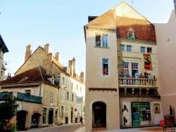 Photo paysage et monuments, Dole - Dole Jura. Rue de la sous-préfecture.