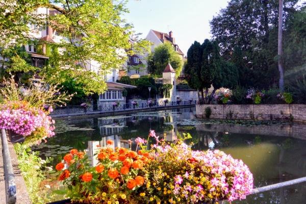 Photo Dole - Dole Jura. Canal des Tanneurs.Juillet 2018.