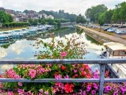Photo paysage et monuments, Dole - Dole Jura.port fluvial  Juillet 2019.