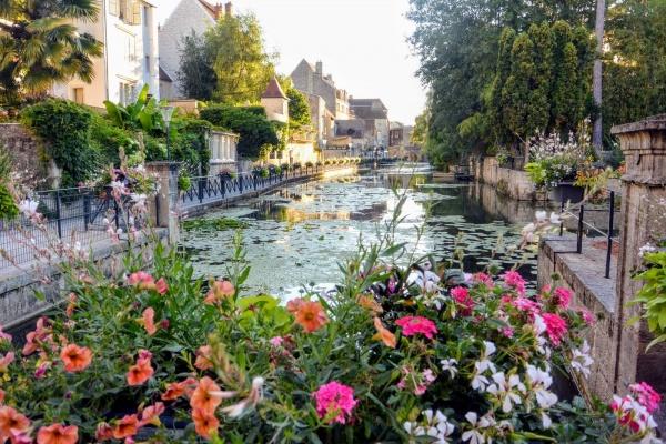 Dole Jura; canal des tanneurs 2020