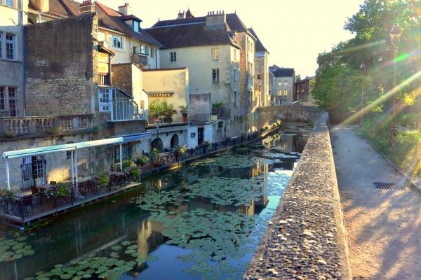 Dole Jura; canal des tanneurs 2020.C.