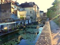 Photo paysage et monuments, Dole - Dole Jura; canal des tanneurs 2020.C.