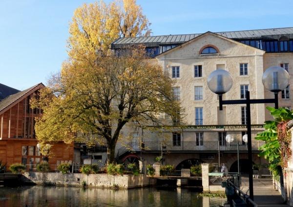 DOLE 2011. Canal des tanneurs.