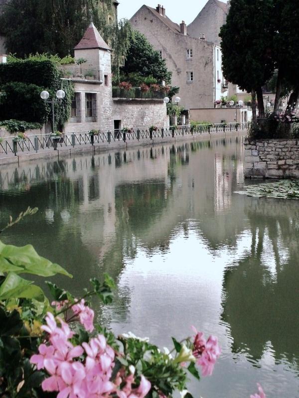 Photo Dole - Dole Jura-Canal des tanneurs 2010.1.