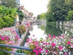Photo paysage et monuments, Dole - Dole Jura-Canal des Tanneurs.Août 2014.