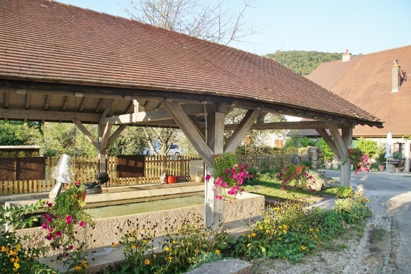 Photo Frontenay - le lavoir