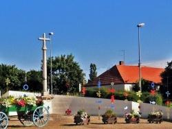 Photo paysage et monuments, Saint-Aubin - Saint-Aubin.jura.Rond-point 2011.