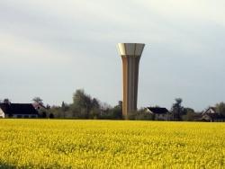 Photo paysage et monuments, Saint-Aubin - saint Aubin.jura-Avril 2012.