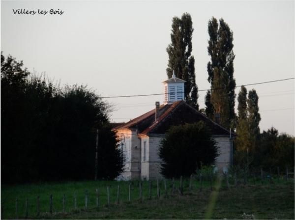 Photo Villers-les-Bois - Ancienne école du village