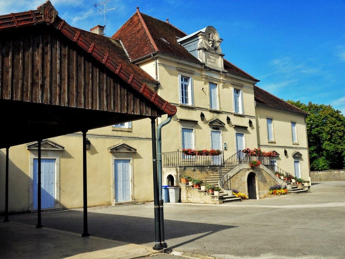 mairie villevieux jura