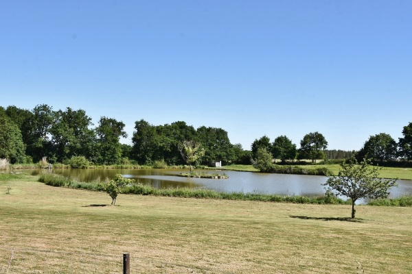 Photo Lassay-sur-Croisne - le Lac